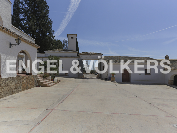 House in Bétera - Service home and Stables