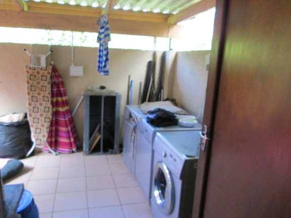 House in Southport - 015_Main_house_laundry.JPG