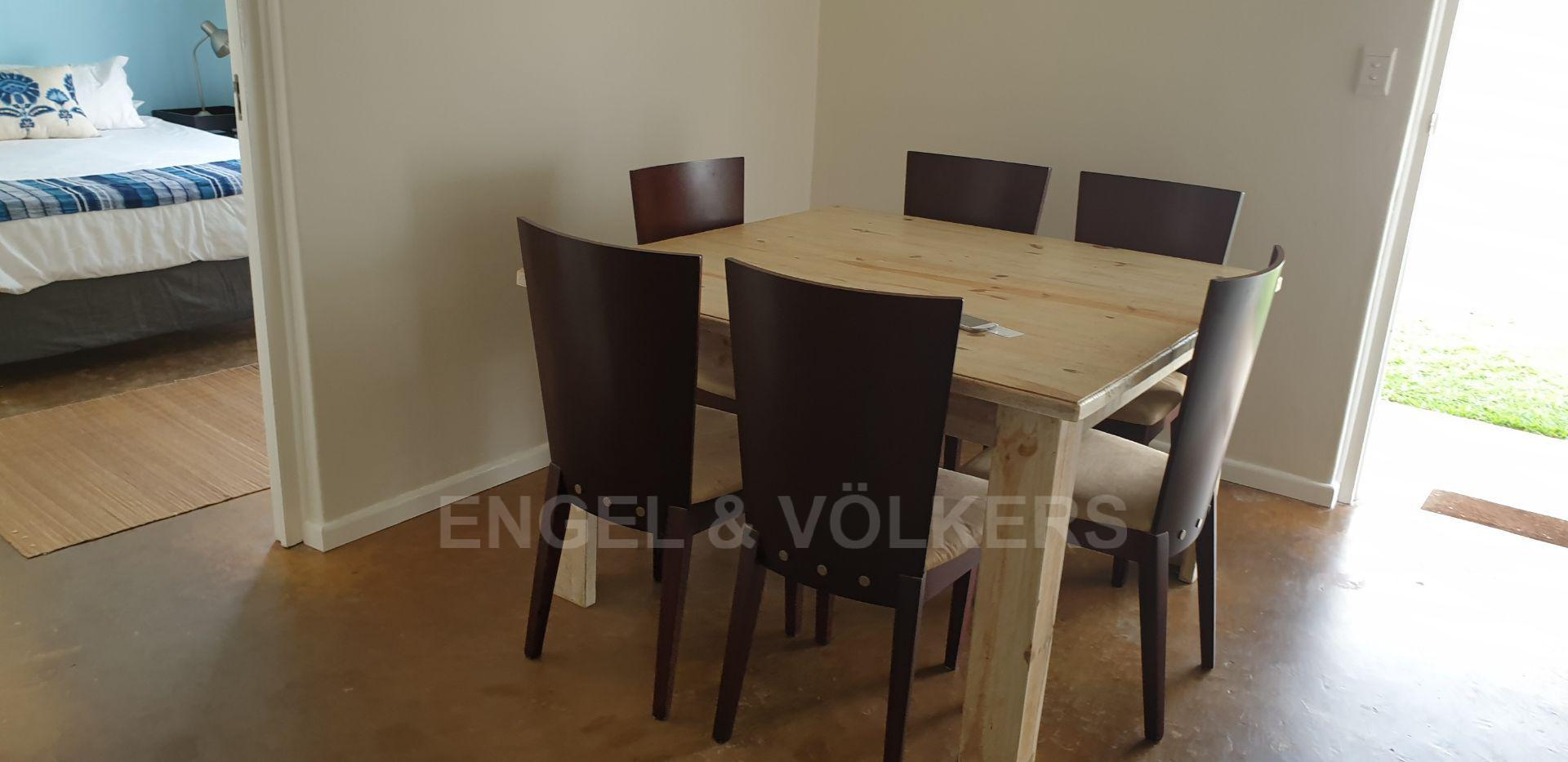 House in Port Edward - 007 - Dining Area.jpg