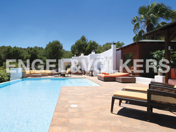 House in Urb. Roca Llisa - View of the terrace with sauna and pool