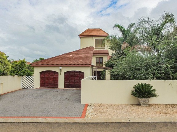 House in Bougainvilla Estate - Front view