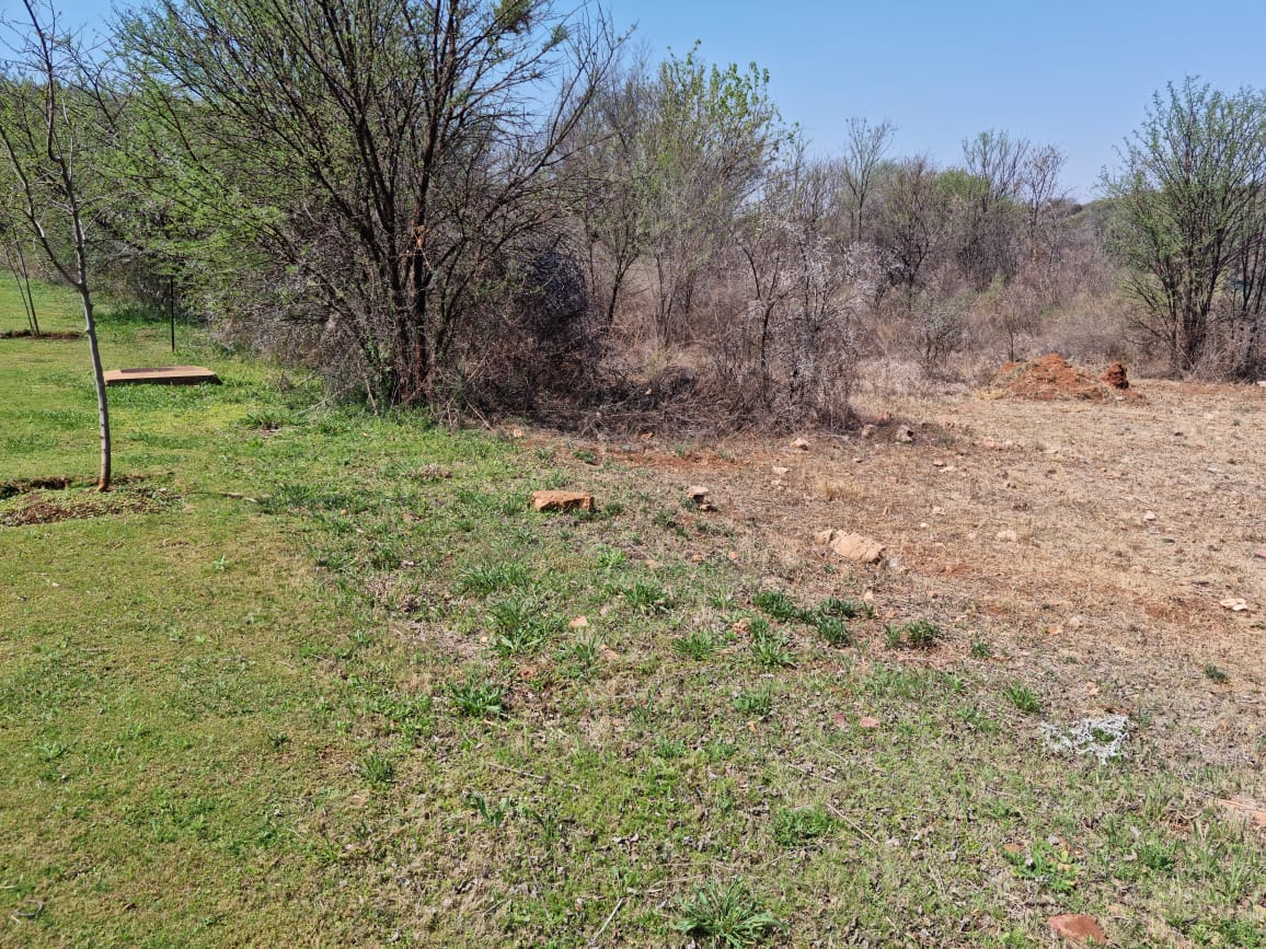 Land in Estate D' Afrique - Flat stand with road frontage