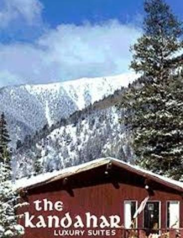 House in Taos Ski Valley - Priced to Sell! Excellent ski in, ski out condominium in the heart of Taos Ski Valley
