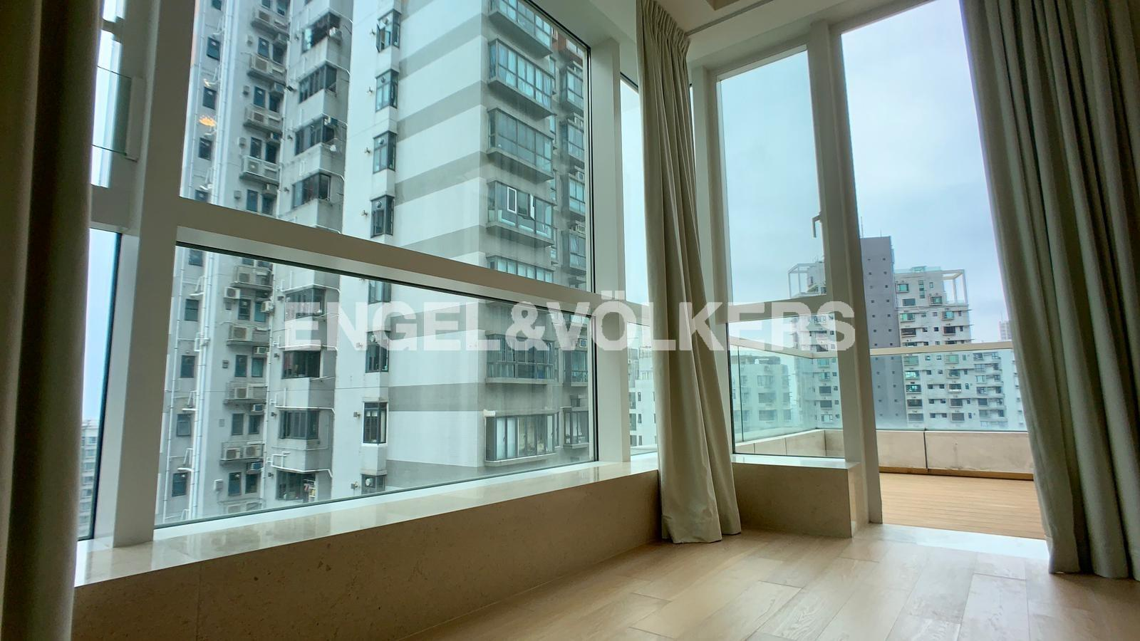 Apartment in Mid Level West / Pok Fu Lam - THE MORGAN 敦皓
