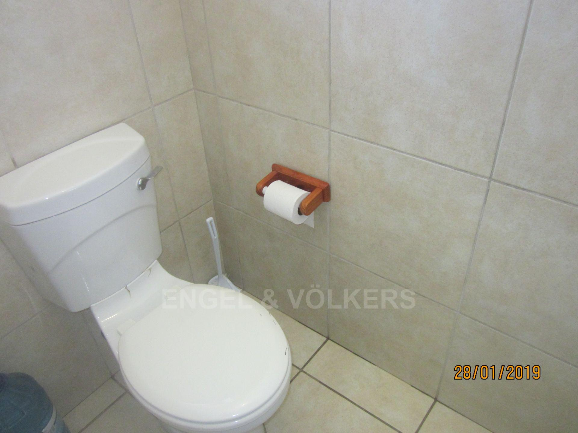 Investment / Residential investment in Shelly Beach - 005 Staff Toilet.JPG