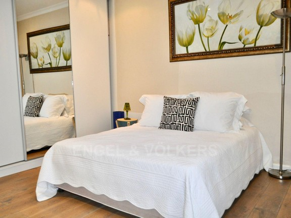 Apartment in City Centre - Main Bedroom 1