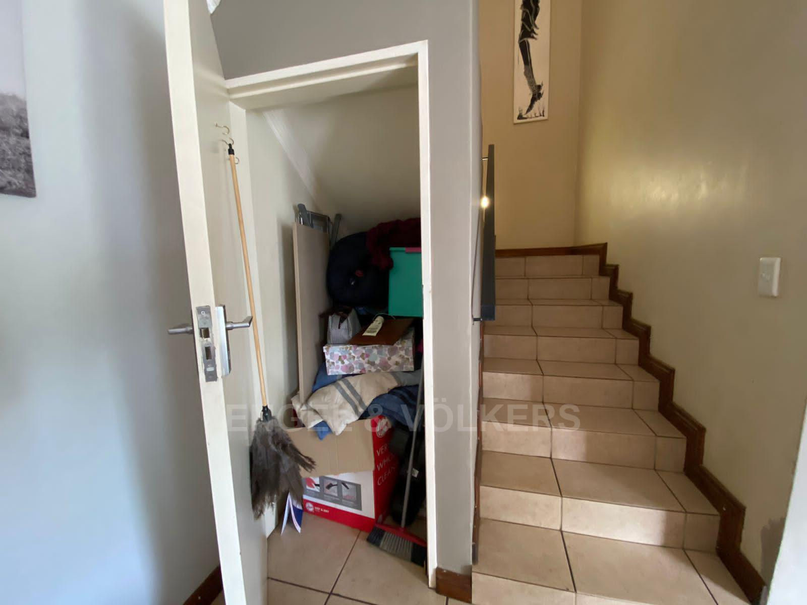 House in Melodie - Stairs