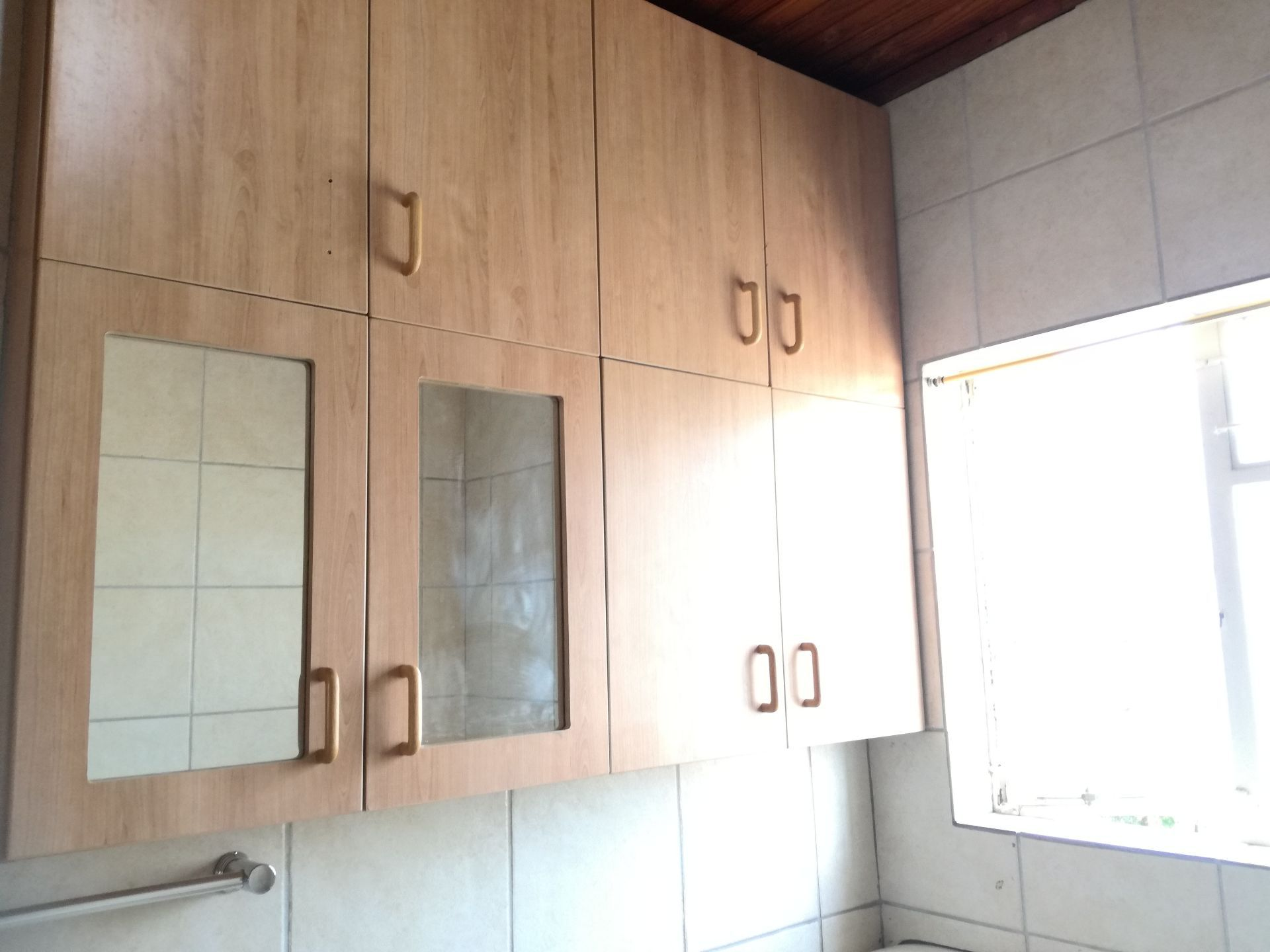 House in Central - Bathroom cuboards