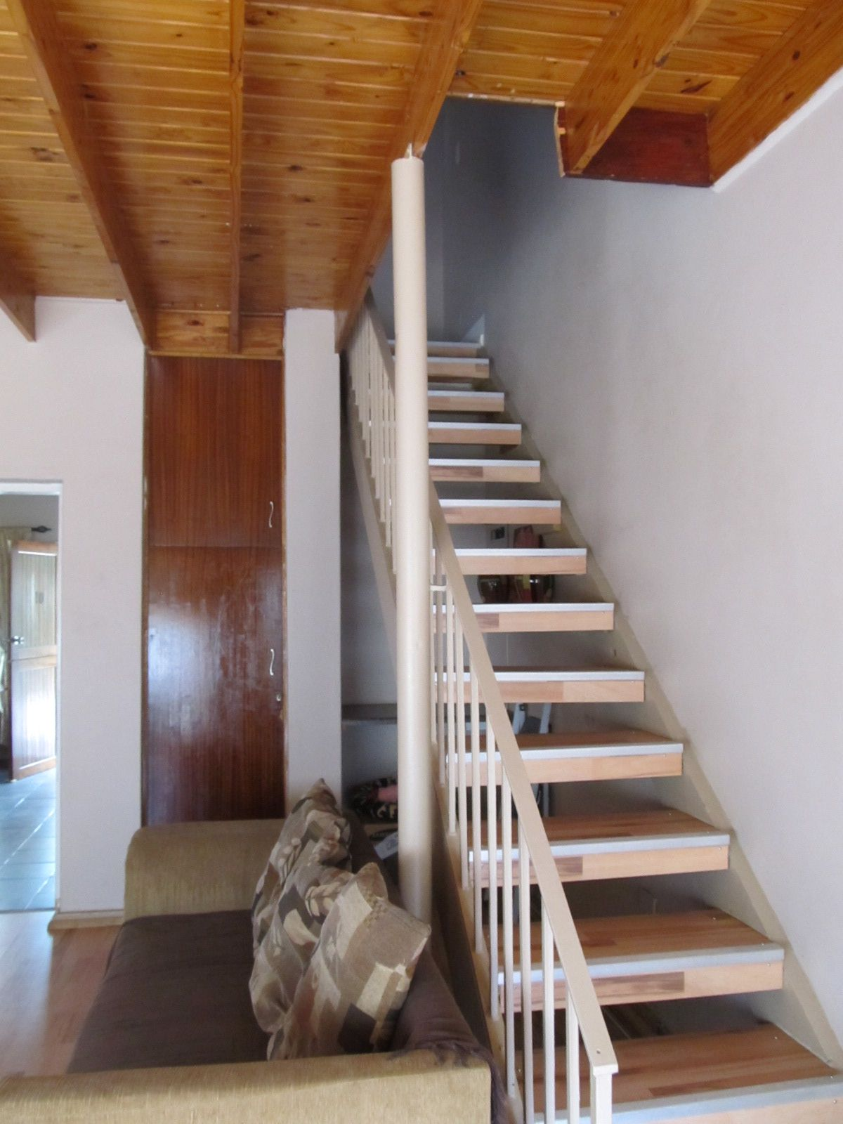 House in Central - stairs