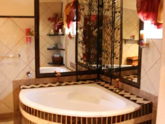 House in Phalaborwa & surrounds - Bathroom 1