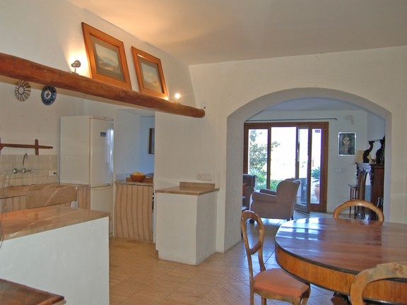 House in Moscari - Property with guest house in Moscari, Selva