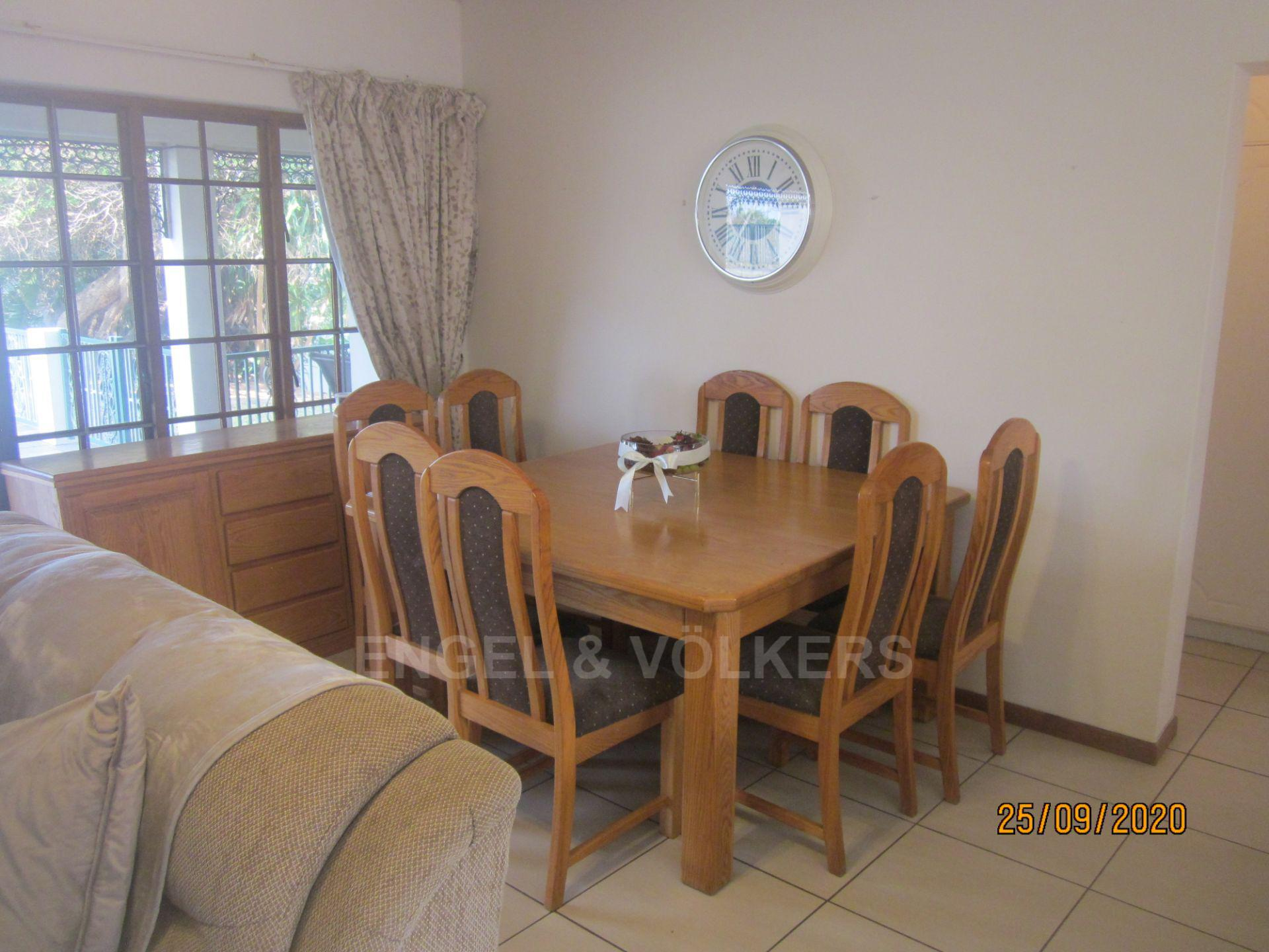 Apartment in Shelly Beach - Dining Area