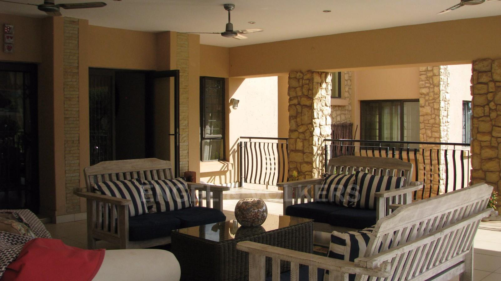 House in Melodie A/h - Open plan patio