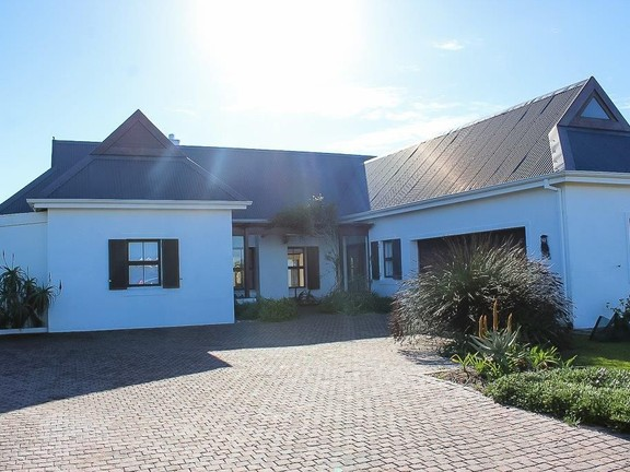 House in St Francis Bay Links