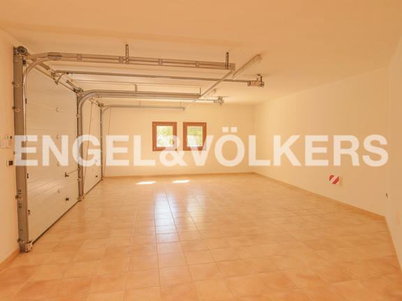 House in Calpe - High Quality Luxury Villa with Sea Views in Calpe, Garage
