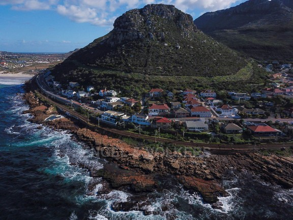 House in Kalk Bay - DJI_0007.jpg
