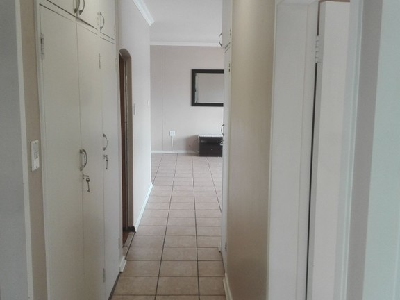 Condominium in Central - Hallway