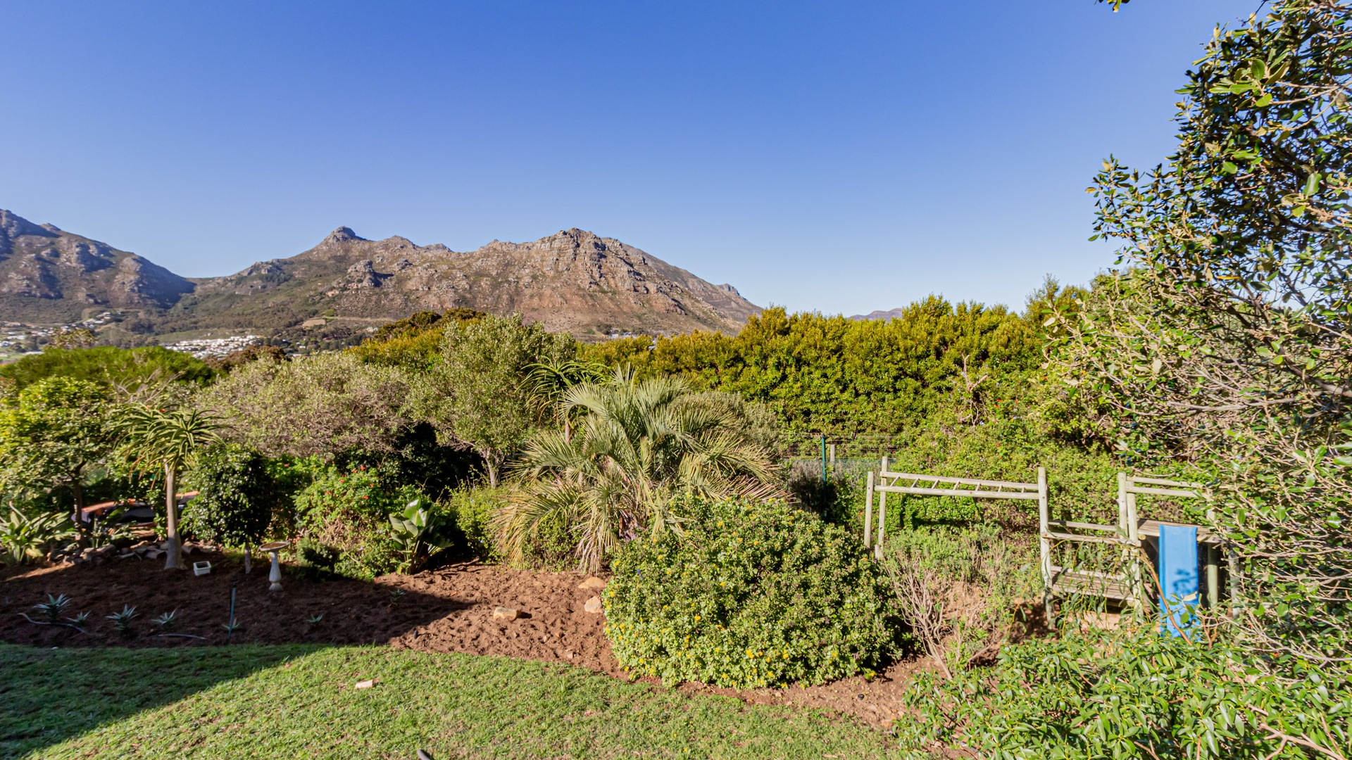 House in Hout Bay - Image-033.jpg