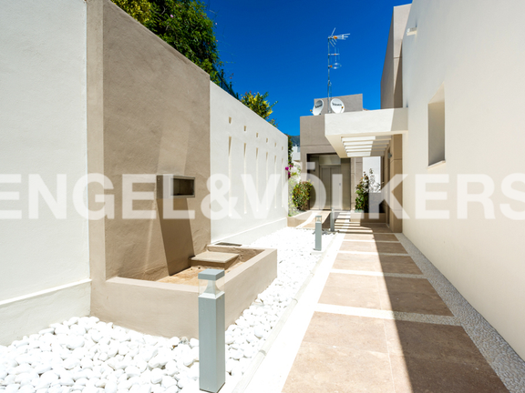 House in Marbella City - Entrance