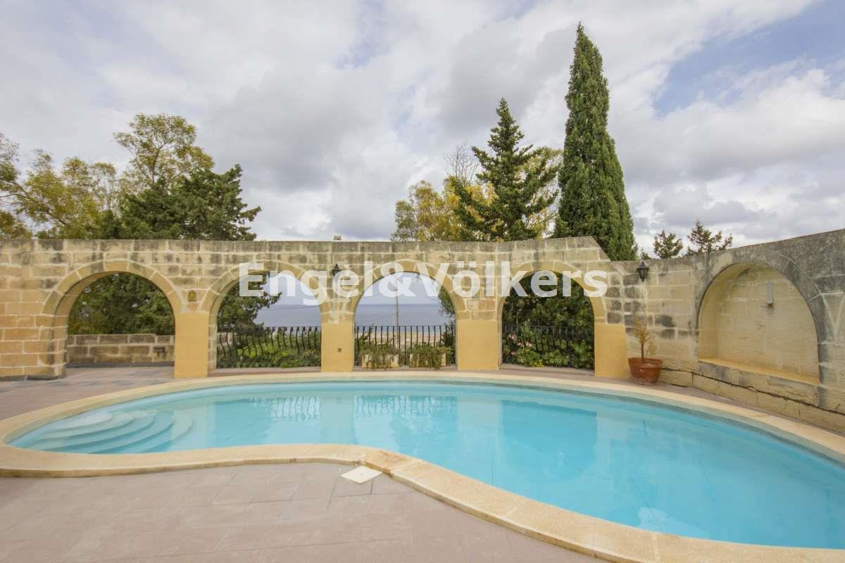 House in Madliena - Bungalow, Madliena, Swimming Pool Area