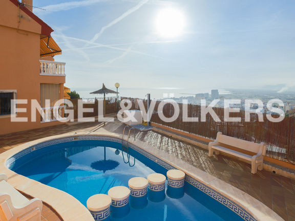 House in Cullera - Relaxing area with pool