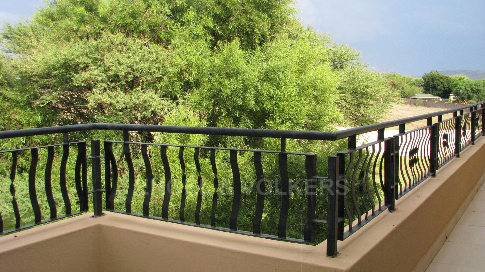 House in Melodie A/h - Balcony with stunning views