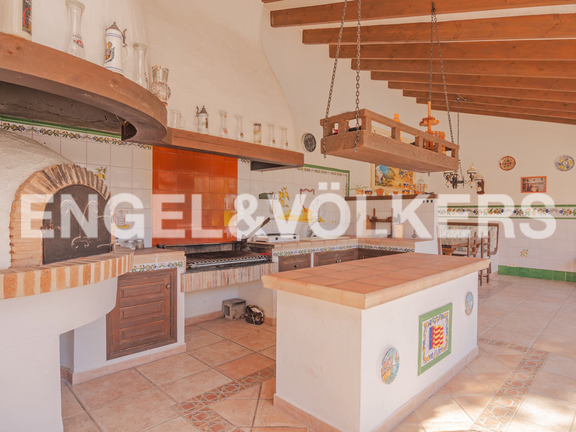 House in Moraira - Beautiful Villa with Guest Apartment in San Jaime - Moraira, BBQ Area