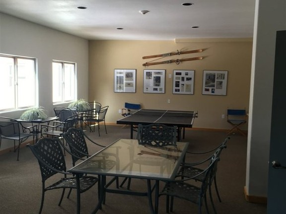 House in Taos Ski Valley - Luxury Well Appointed Condo