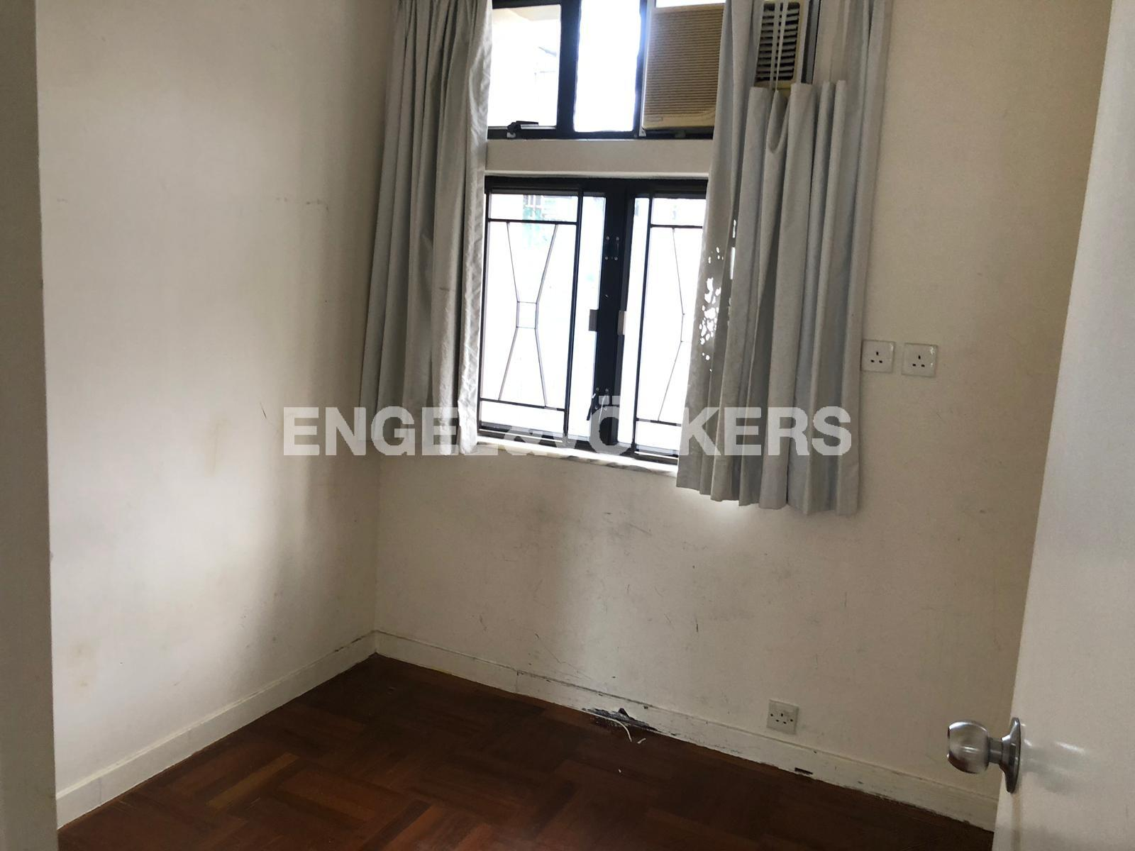 Apartment in Happy Valley/Mid Level East - King Inn Mansion 景怡大廈