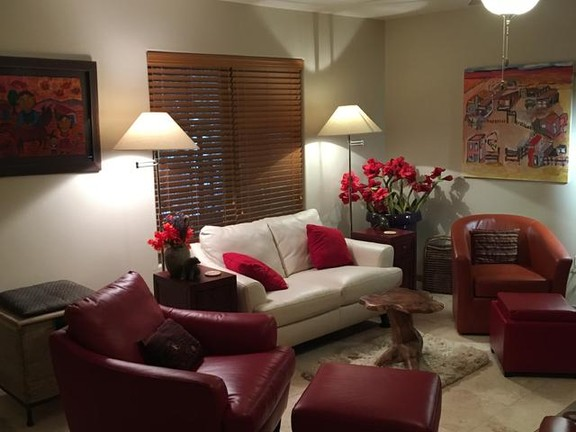 House in Taos Ski Valley - New, Upscale Condominium, Steps from the Slopes!