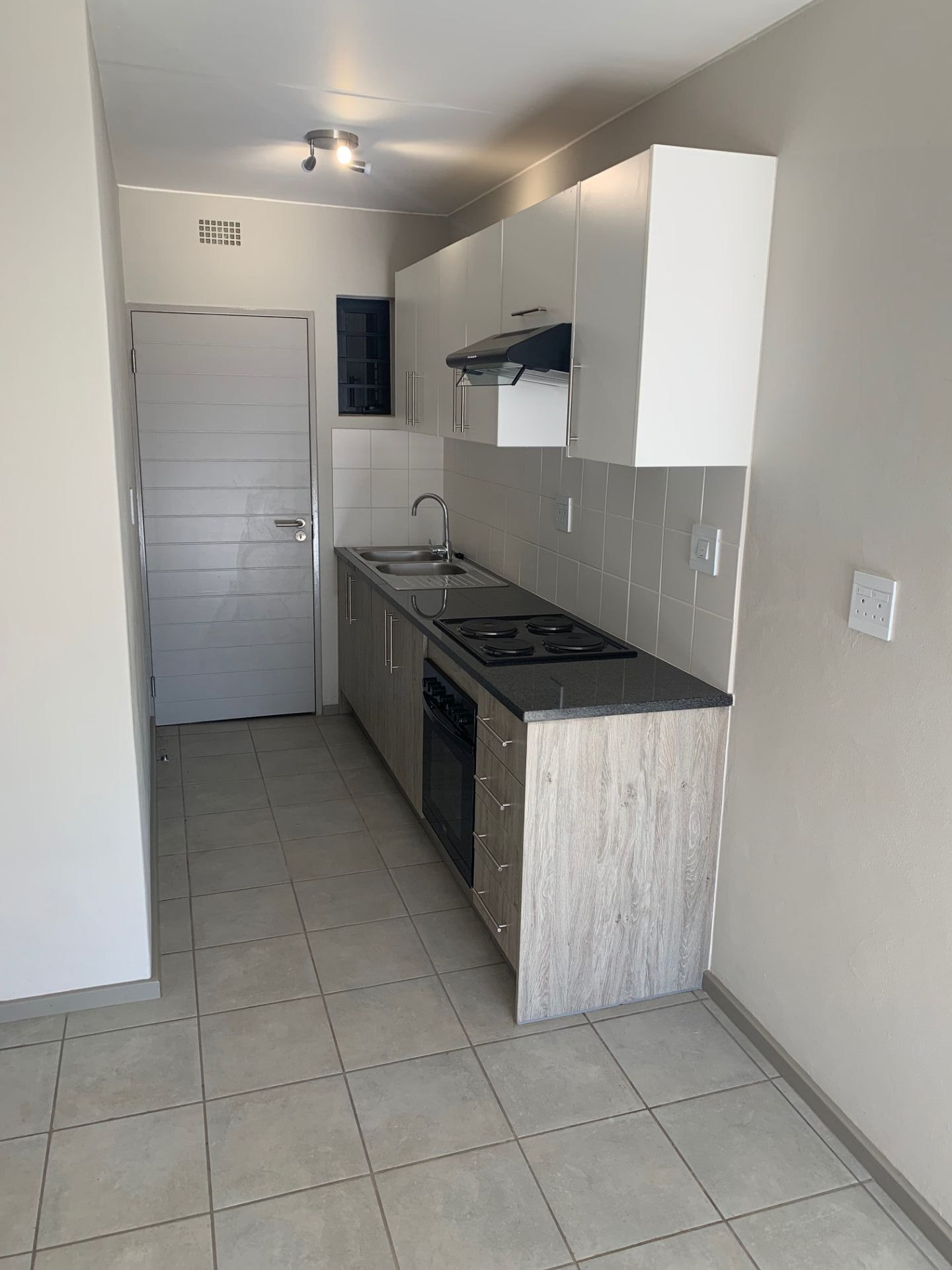 Apartment in Clubview - IMG_7278.jpg