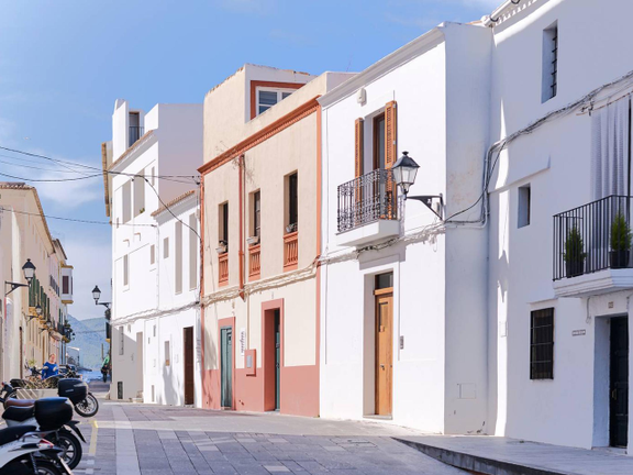 House in Ibiza - Location of the townhouse