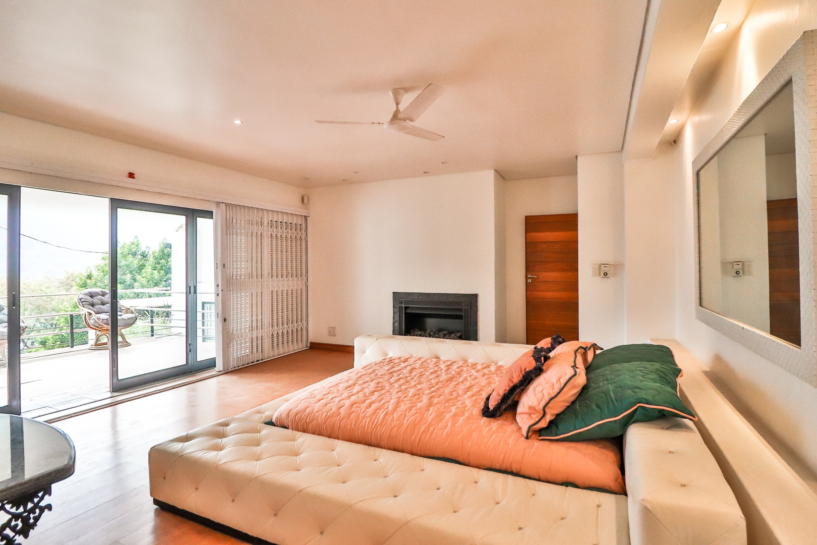 House in Kosmos Village - Main bedroom with patio and views
