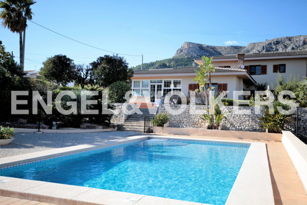 House in Calpe - View from the pool