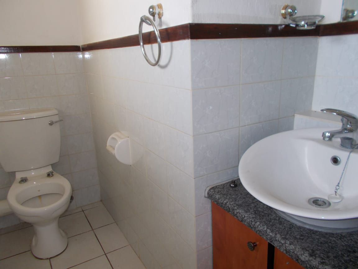 Apartment in Bryanston East Ext 3 - WhatsApp Image 2020-10-19 at 12.17.05 PM (1).jpeg