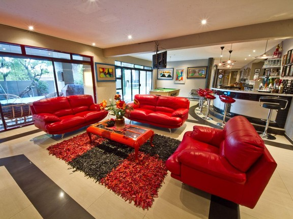House in Fourways - 5_bedroom_house_fourways_13.jpg