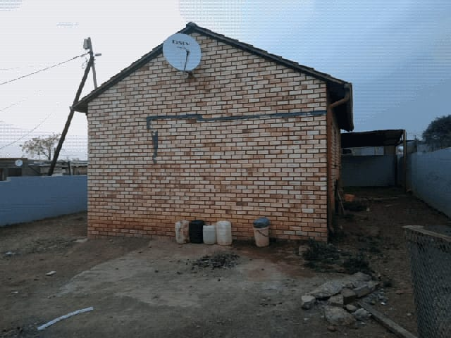 House in Ikageng - 3.jpeg