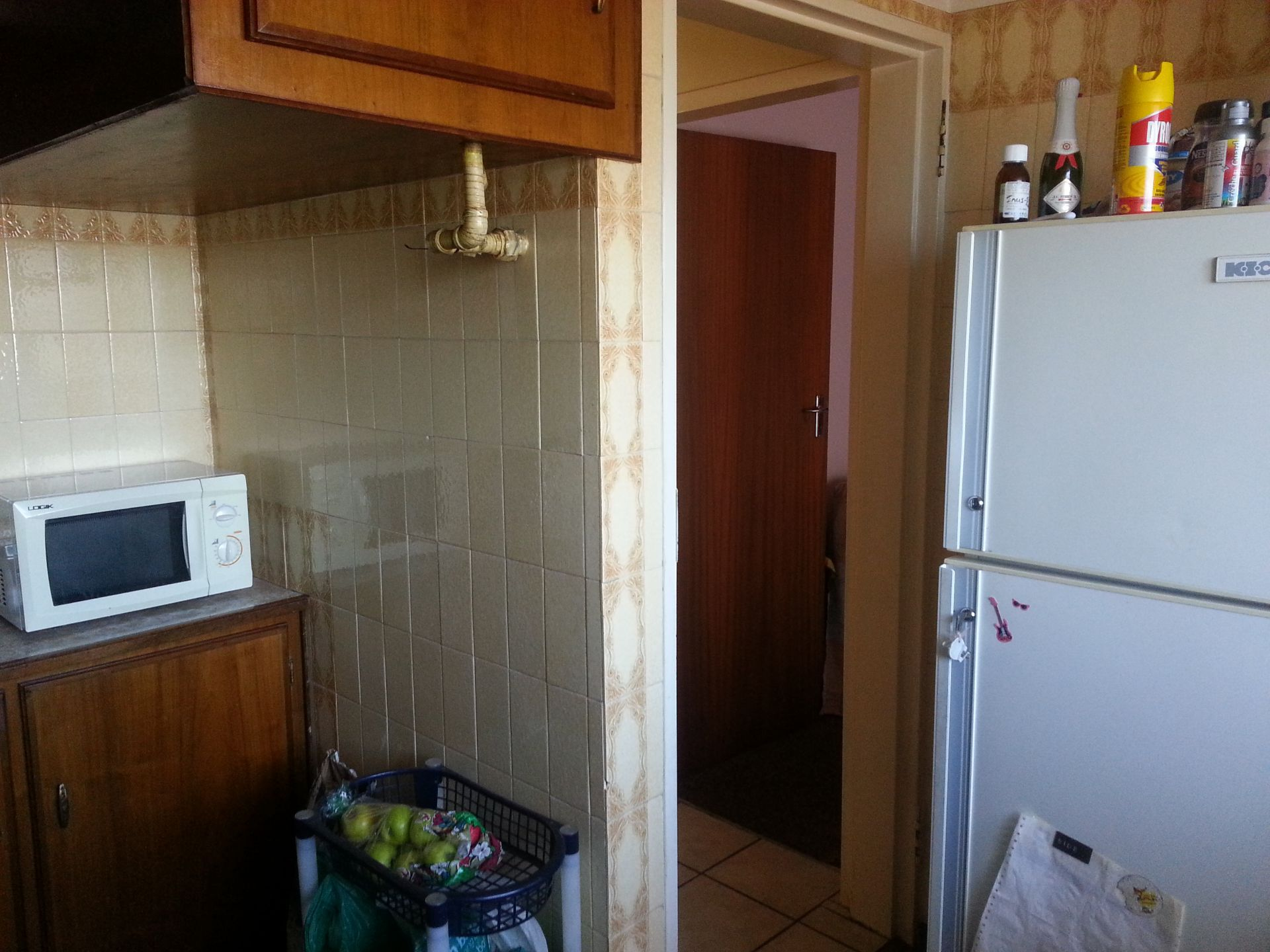 Apartment in Central - 20141001_161556.jpg