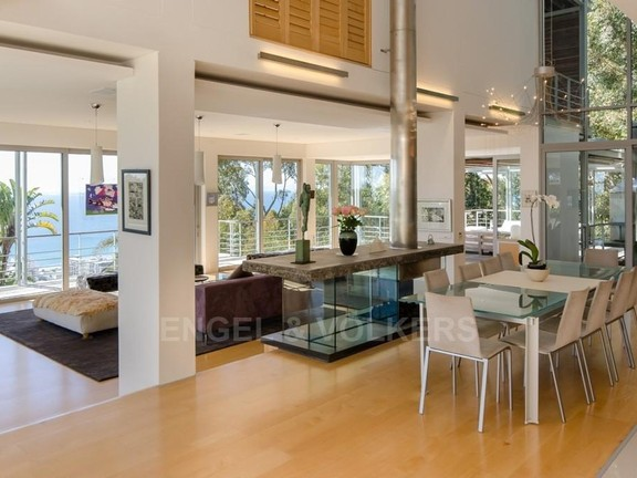 House in Bantry Bay - Dining Lounge Area