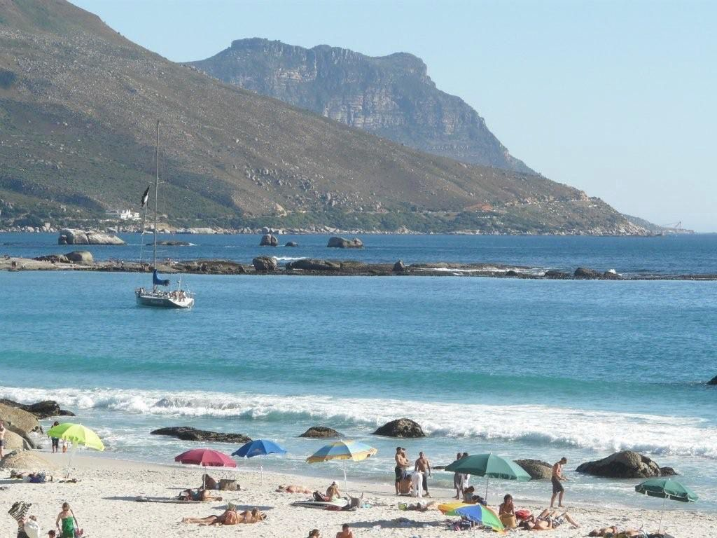 House in Camps Bay - 20.DS BEACH AND UMBRELLAS.jpg