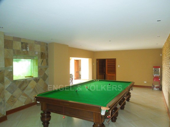 House in Ruimsig - Pool table room