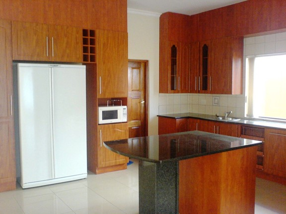 House in Silver Lakes Golf Estate - Kitchen