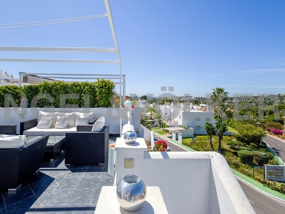 House in Marbella-Nueva Andalucía - View from Upper Terrace