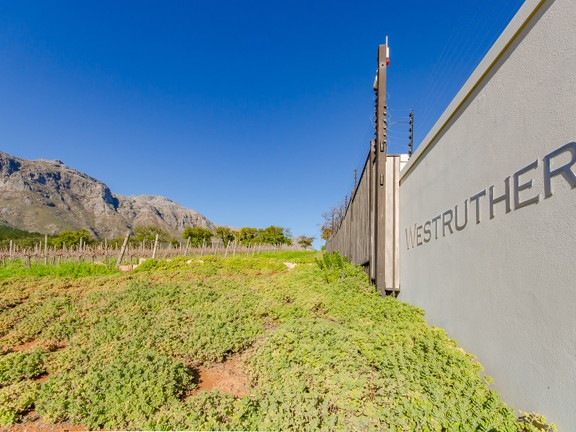 Land Within Secure Exclusive Estate In Nature, Paradyskloof