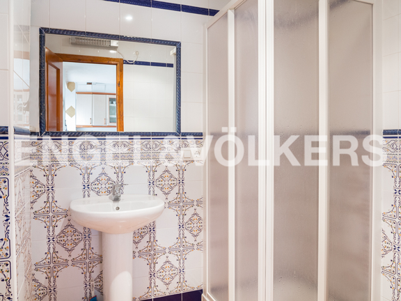 House in Cullera - Guest apartment's bathroom