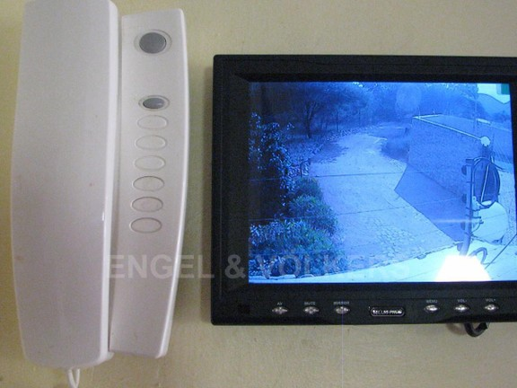 House in Melodie A/h - Security TV and telephone