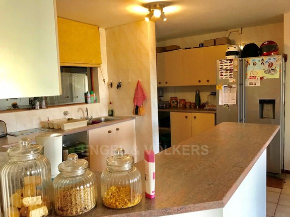 House in Mount Kos - Kitchen area.jpg