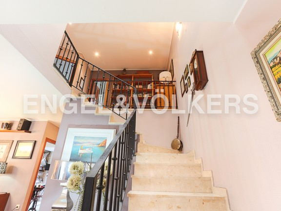 House in Picassent - Interior staircase