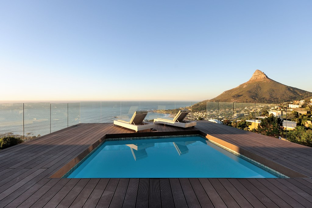 House in Camps Bay - Private Pool.jpg