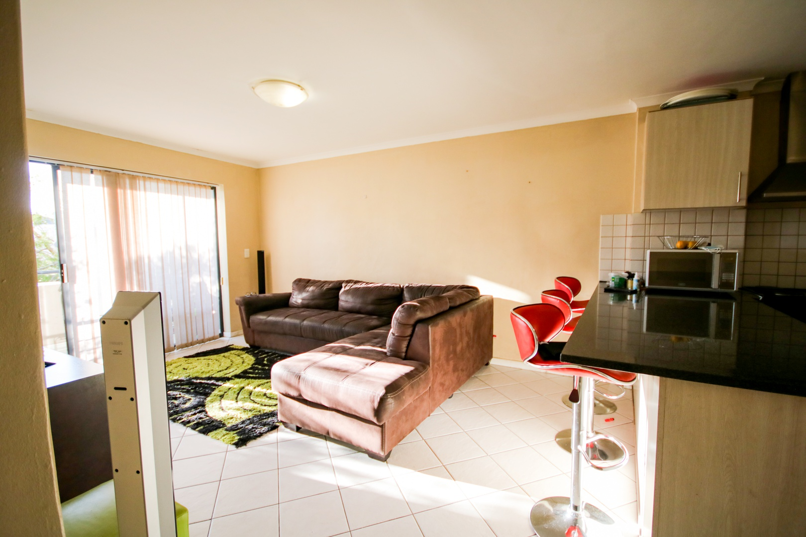 Apartment in Somerset West - Lounge 2.jpg